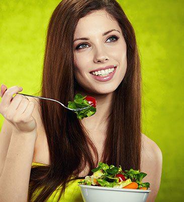 Čo jesť pre husté vlasy